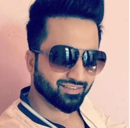Falak Shabir - Singer